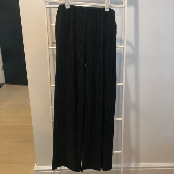 & Other Stories Pants - & OTHER STORIES Pleated Pants in Black